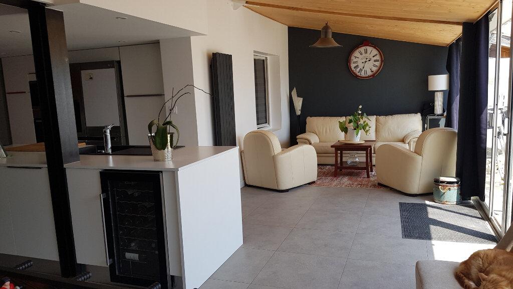 Maison à vendre 11 224m2 à Sainte-Marie-de-Ré vignette-4