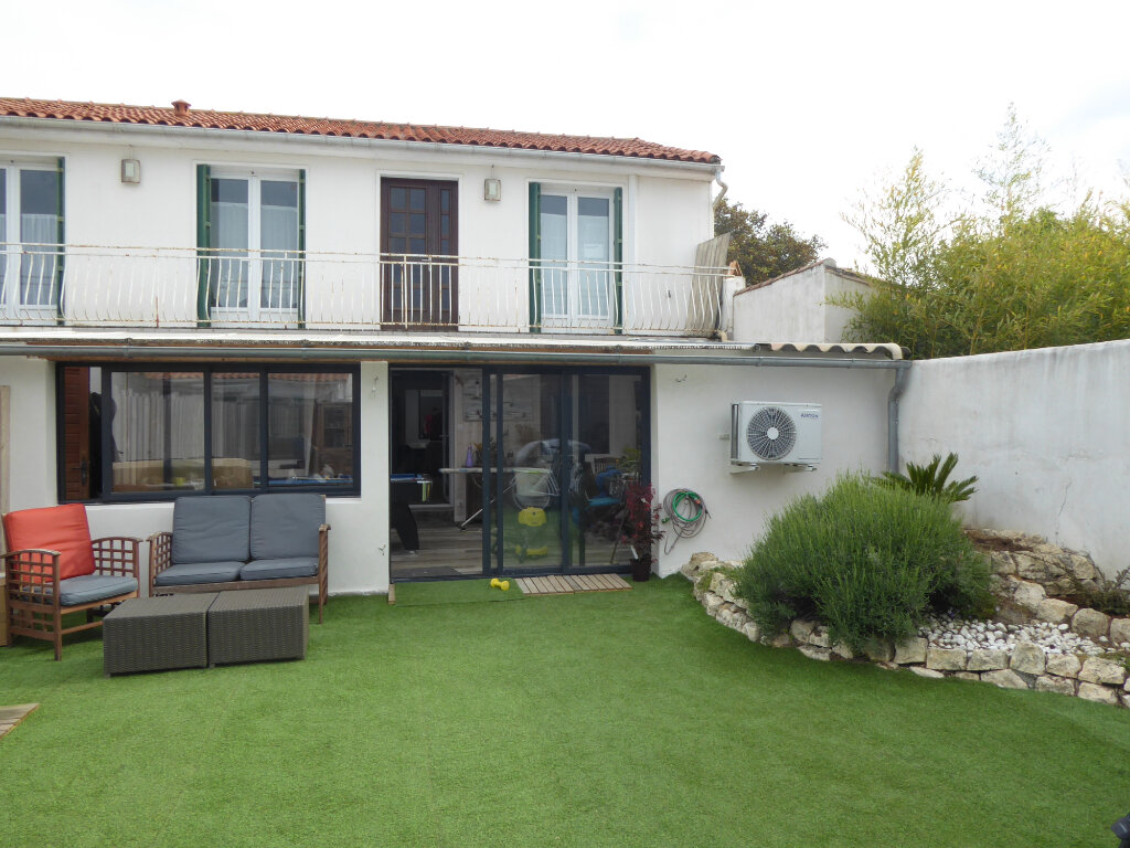 Maison à vendre 11 224m2 à Sainte-Marie-de-Ré vignette-7