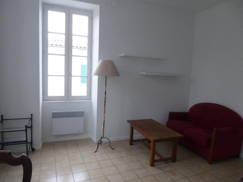 Appartement à louer 2 33m2 à La Flotte vignette-6