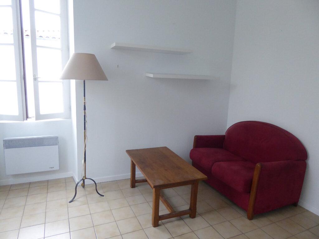 Appartement à louer 2 33m2 à La Flotte vignette-9