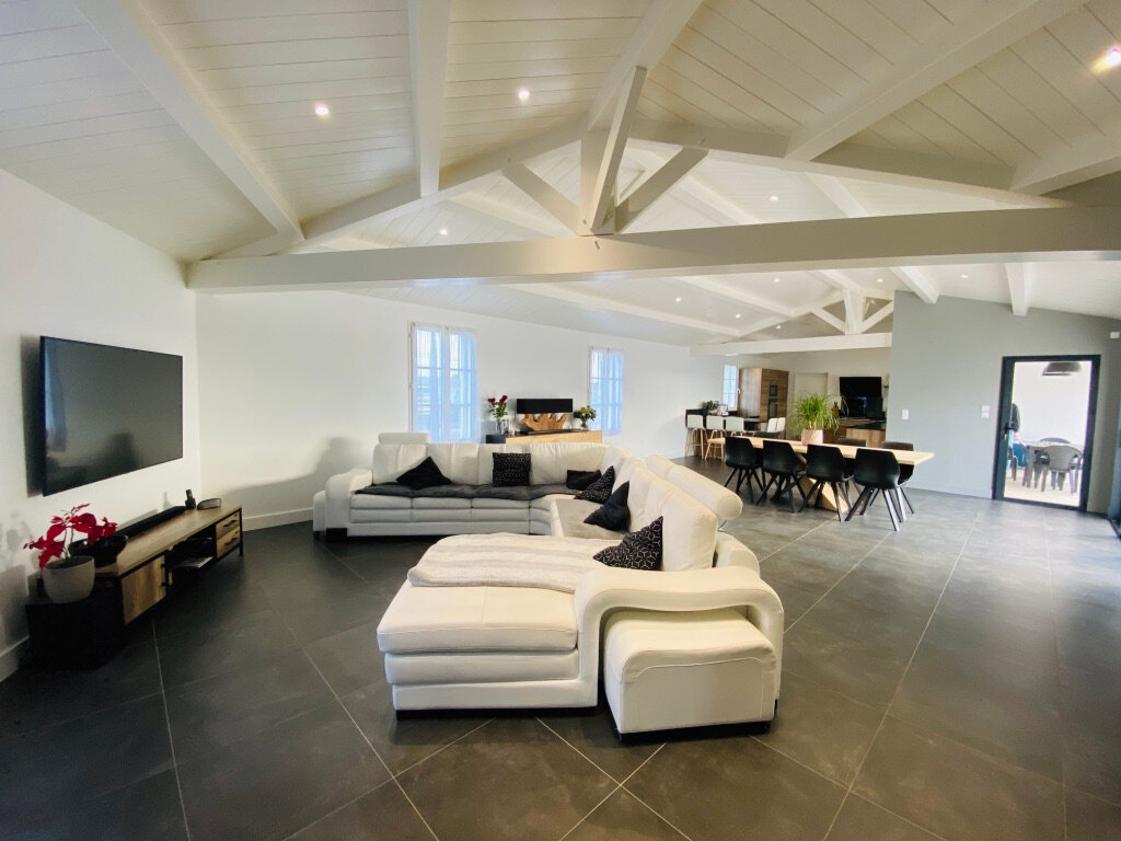Maison à vendre 10 254m2 à Sainte-Marie-de-Ré vignette-2