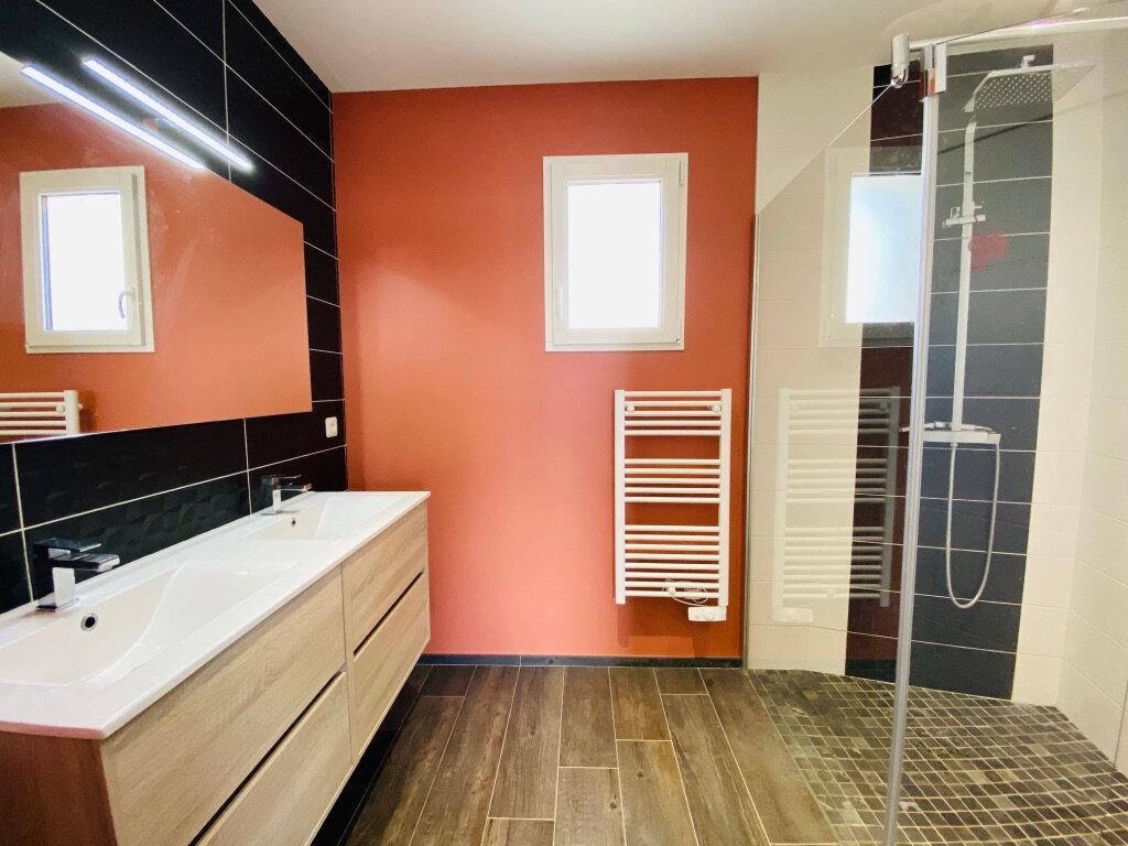 Maison à vendre 10 254m2 à Sainte-Marie-de-Ré vignette-10
