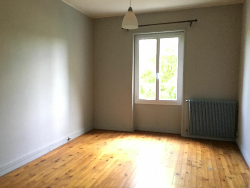 Appartement à louer 2 63m2 à Miribel vignette-3