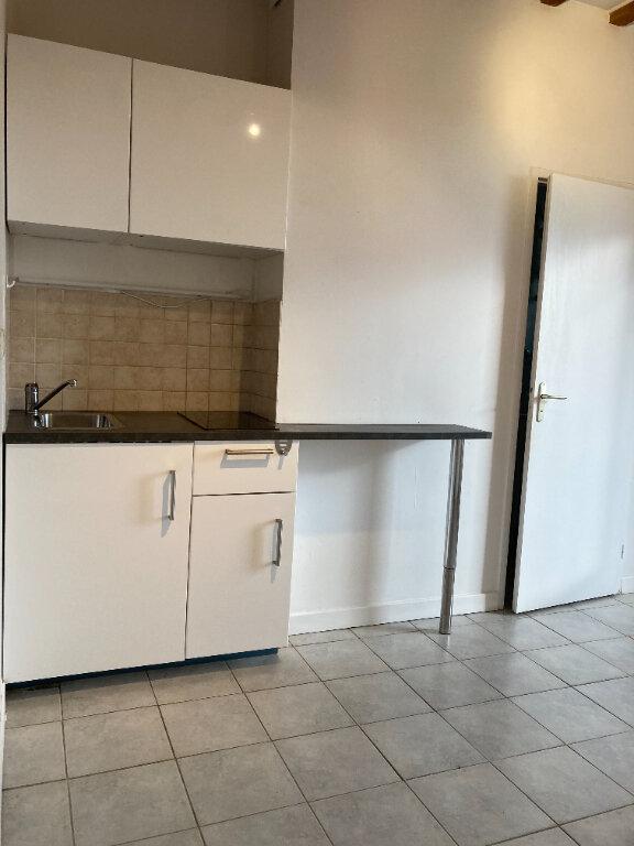 Appartement à louer 2 34.05m2 à Rillieux-la-Pape vignette-4