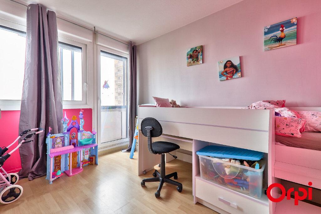 Appartement à vendre 4 82.18m2 à Rillieux-la-Pape vignette-6