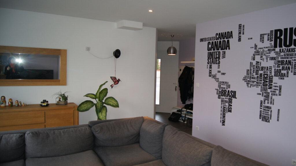 Maison à louer 7 150m2 à Sainte-Foy-lès-Lyon vignette-8