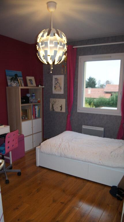 Maison à louer 7 150m2 à Sainte-Foy-lès-Lyon vignette-12