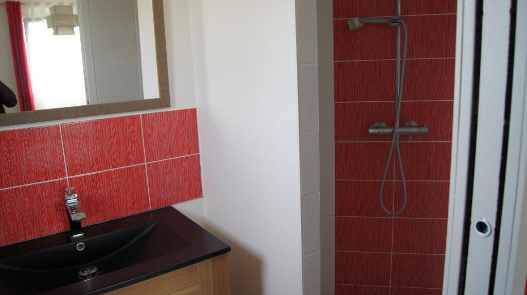 Maison à louer 7 150m2 à Sainte-Foy-lès-Lyon vignette-14