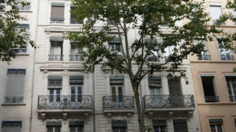 Appartement à louer 2 38m2 à Lyon 6 vignette-1