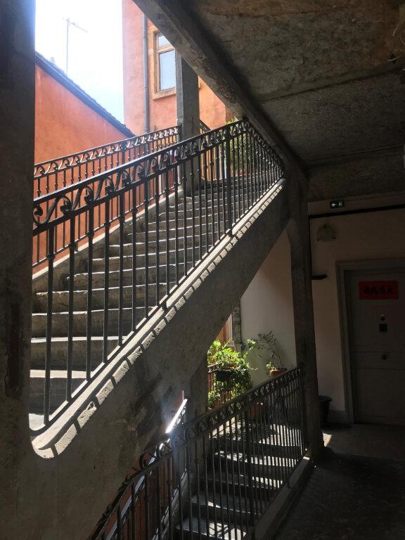 Appartement à vendre 3 106.32m2 à Lyon 5 vignette-7