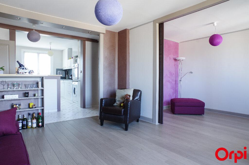 Appartement à vendre 4 68.13m2 à Genay vignette-1
