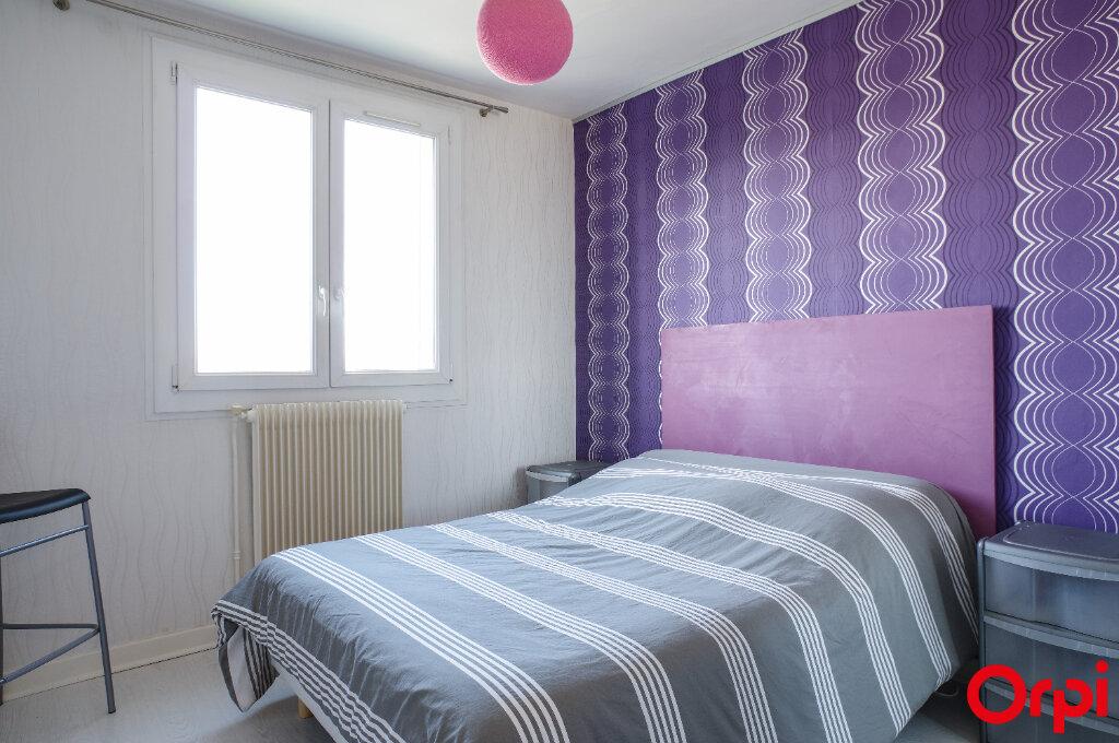 Appartement à vendre 4 68.13m2 à Genay vignette-5