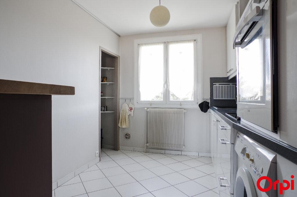Appartement à vendre 4 68.13m2 à Genay vignette-10