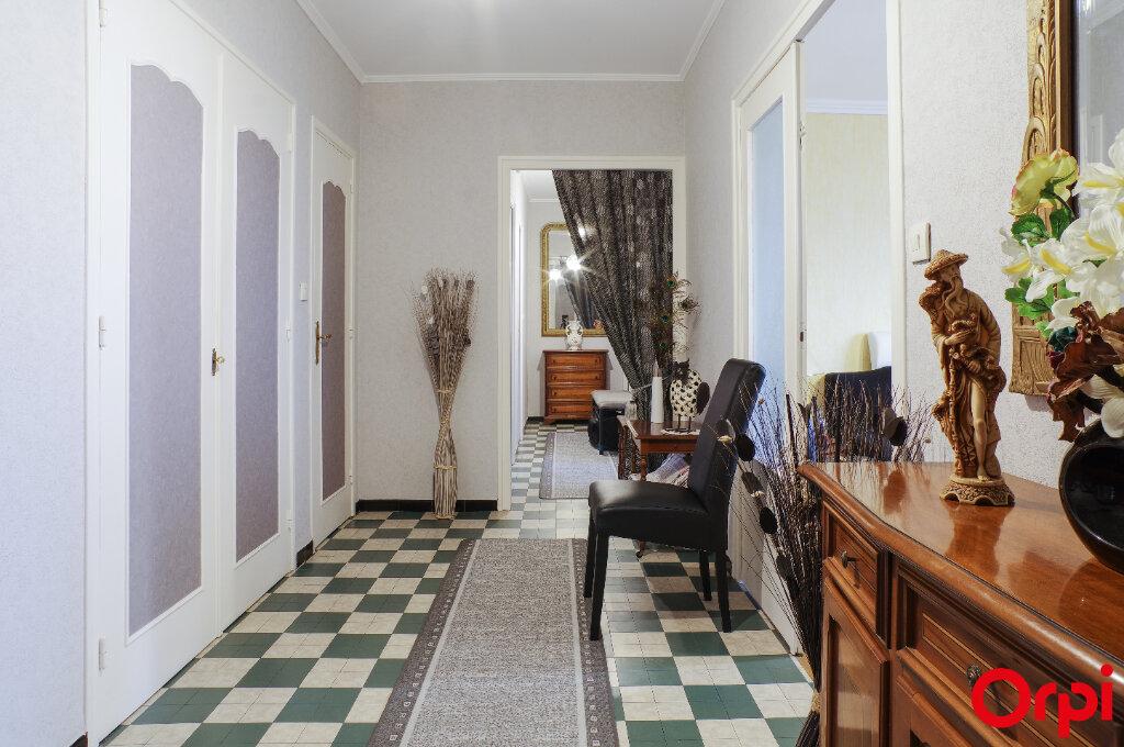 Appartement à vendre 4 92m2 à Lyon 8 vignette-7