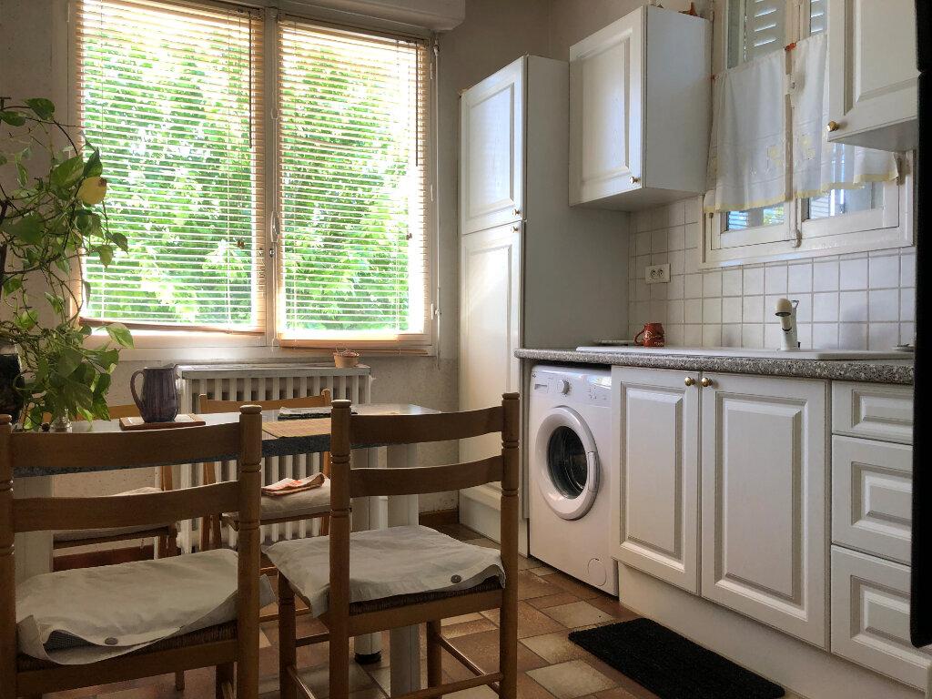 Maison à vendre 5 147m2 à Villenave-d'Ornon vignette-3