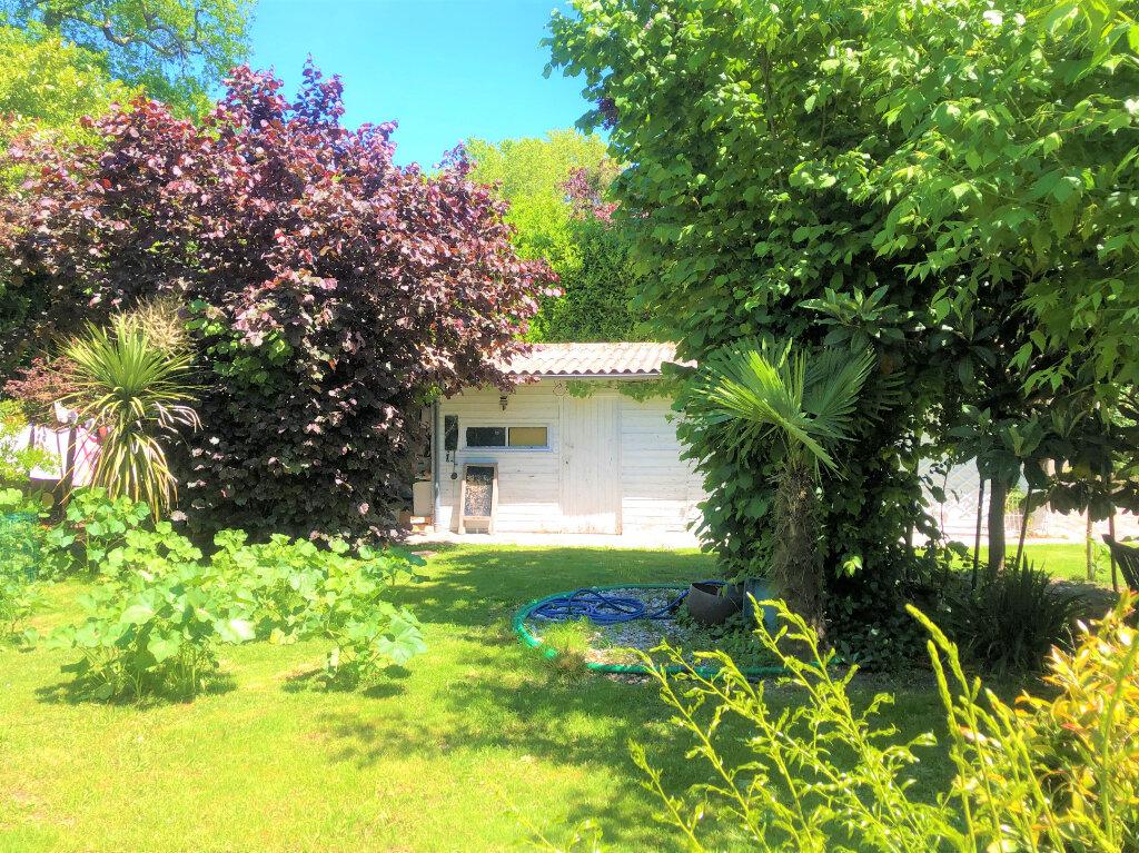 Maison à vendre 5 147m2 à Villenave-d'Ornon vignette-4