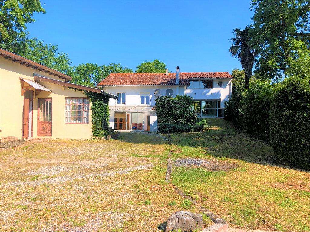 Maison à vendre 6 174m2 à Cadaujac vignette-1