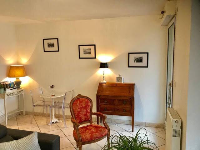 Appartement à louer 1 32m2 à Bordeaux vignette-3