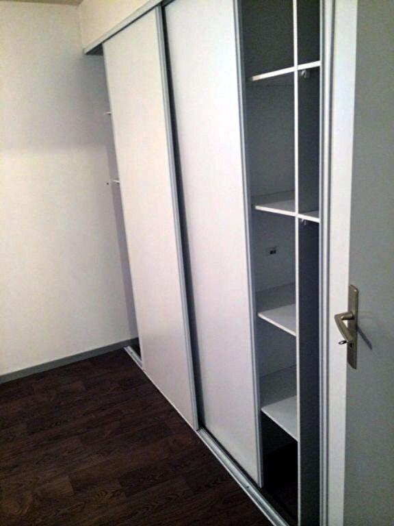 Appartement à louer 3 63.65m2 à Bordeaux vignette-6