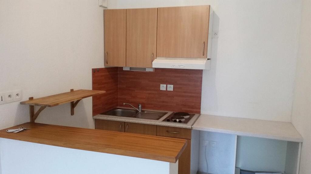 Appartement à louer 2 43m2 à Villenave-d'Ornon vignette-3