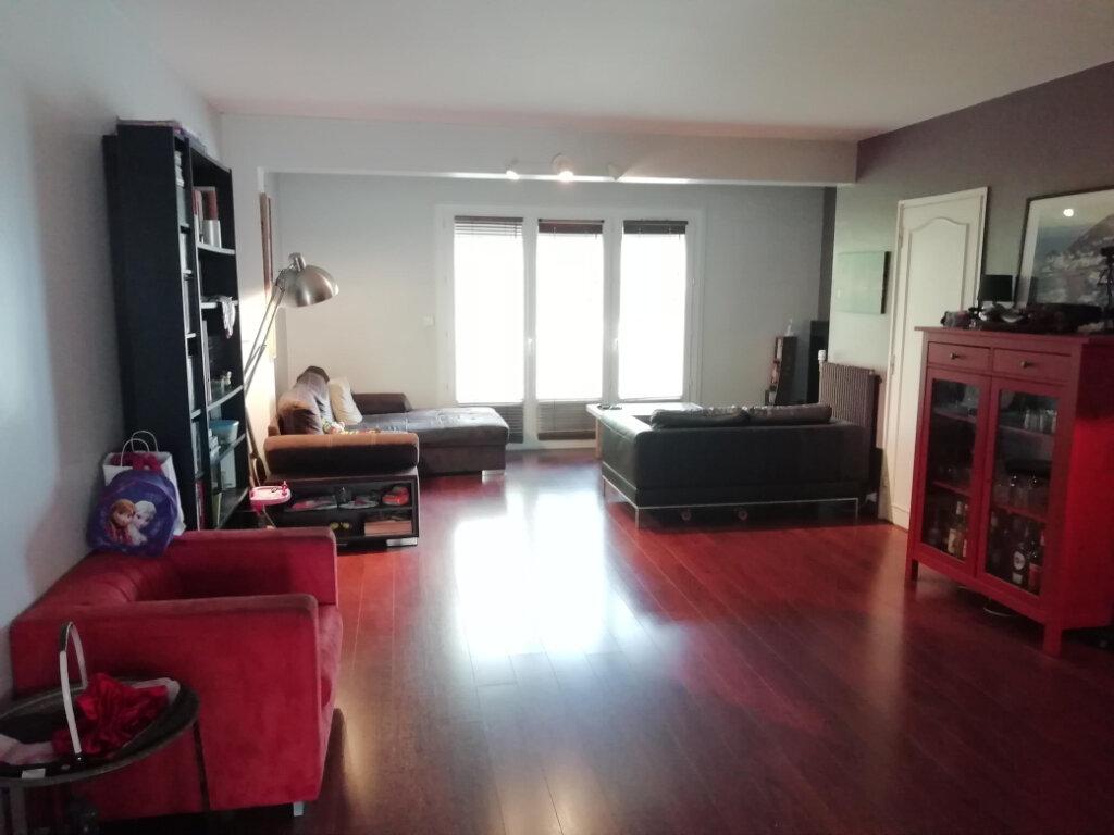 Maison à vendre 7 147m2 à Gradignan vignette-4
