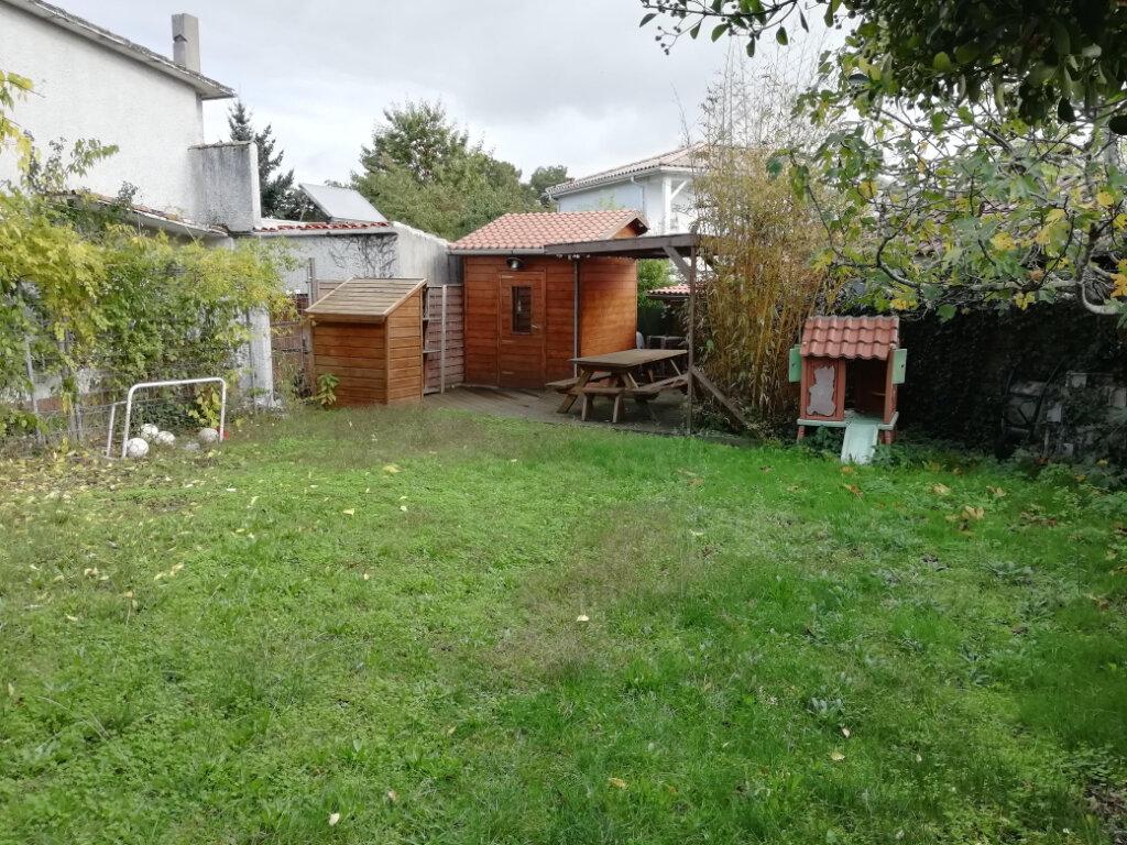 Maison à vendre 7 147m2 à Gradignan vignette-6