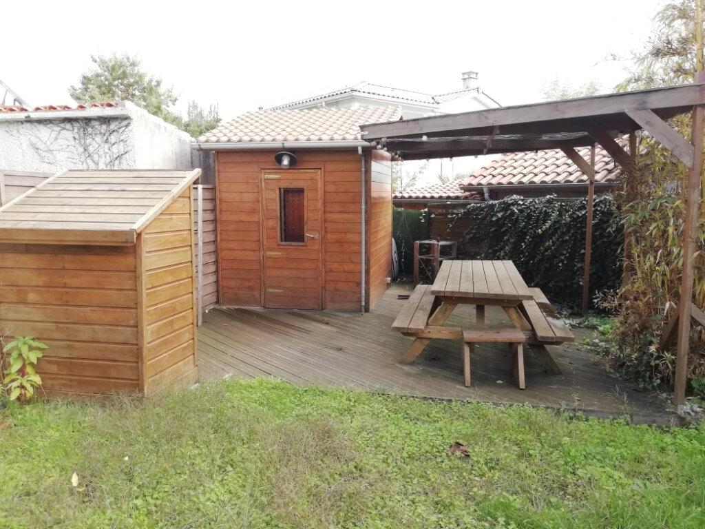 Maison à vendre 7 147m2 à Gradignan vignette-7
