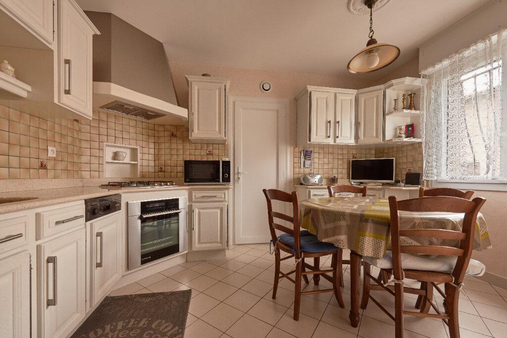 Maison à vendre 4 107m2 à Bordeaux vignette-2