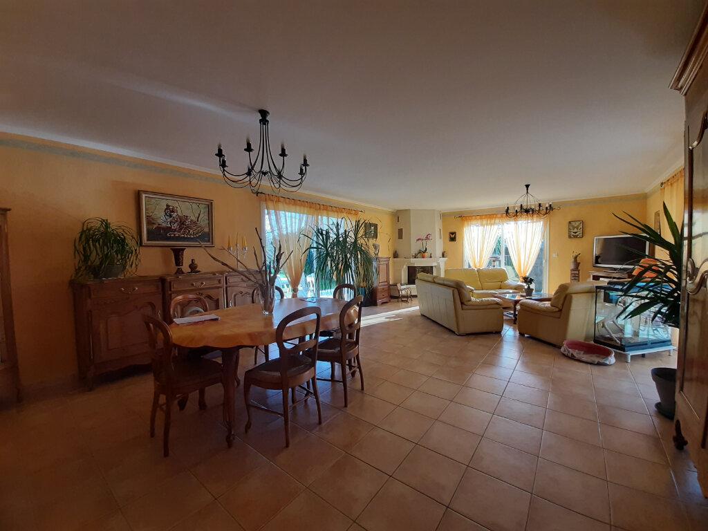 Maison à vendre 7 180m2 à Gujan-Mestras vignette-4