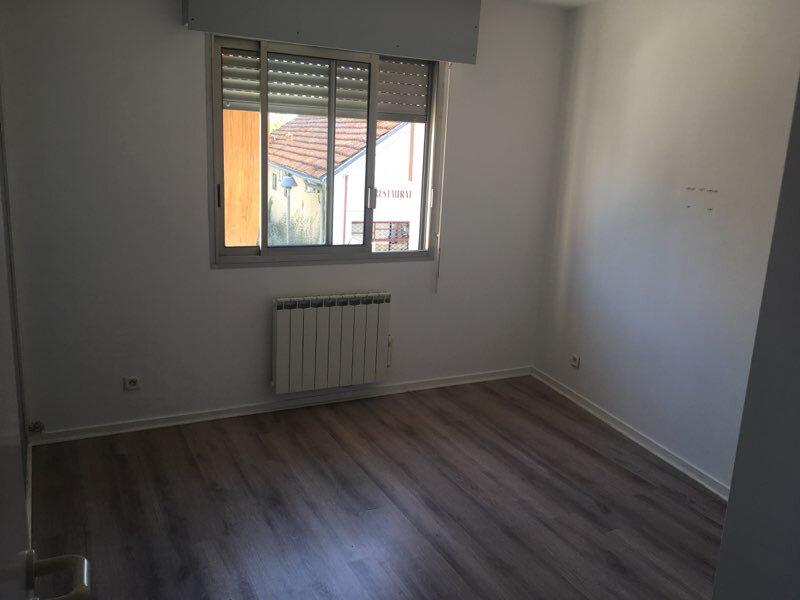 Appartement à louer 2 49.46m2 à Gujan-Mestras vignette-6