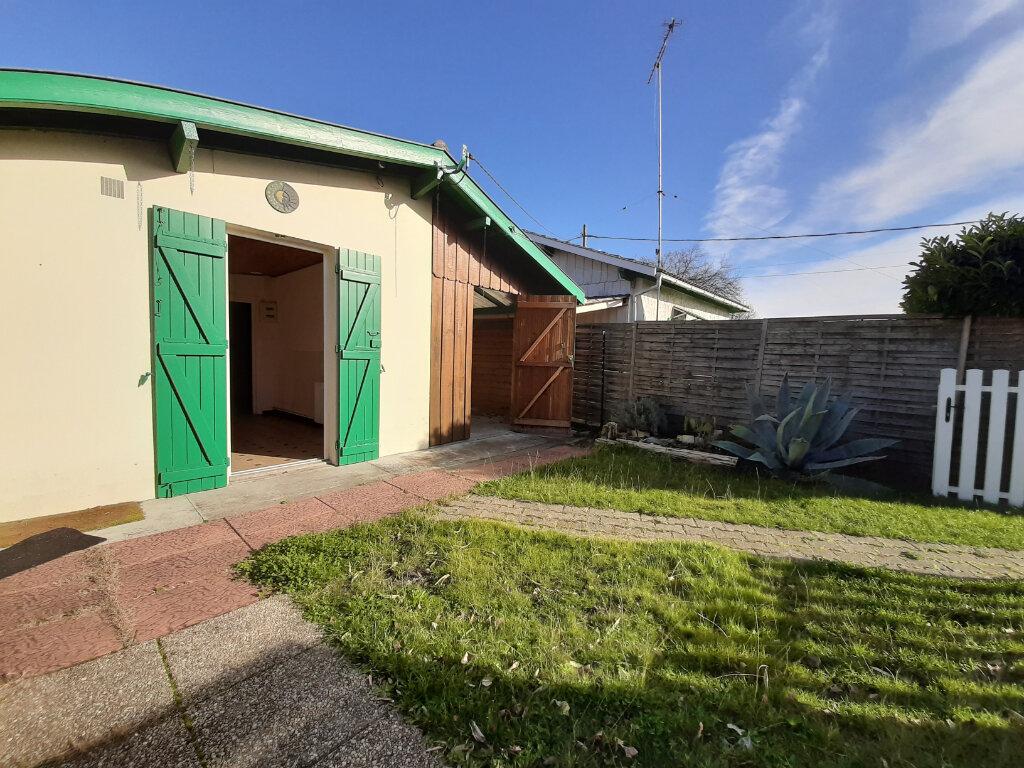 Maison à vendre 0 98.73m2 à Gujan-Mestras vignette-3