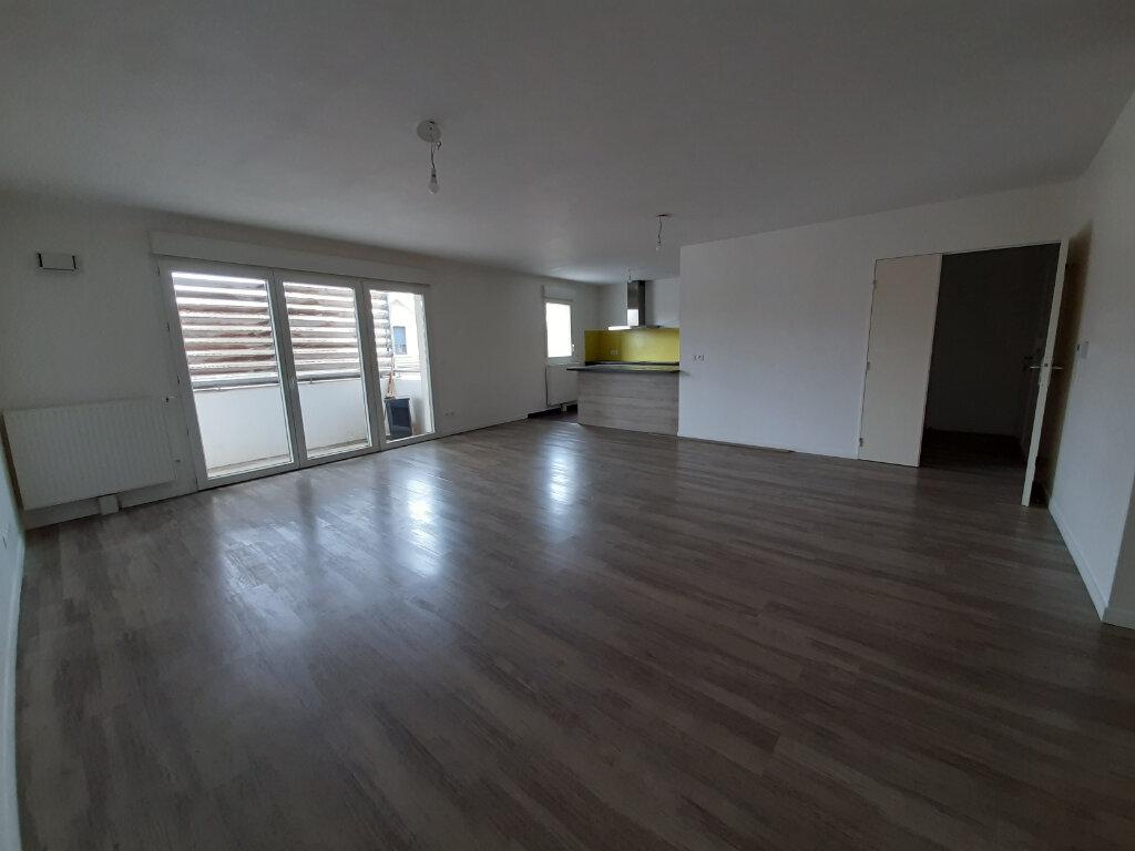 Appartement à vendre 3 98m2 à Gujan-Mestras vignette-1