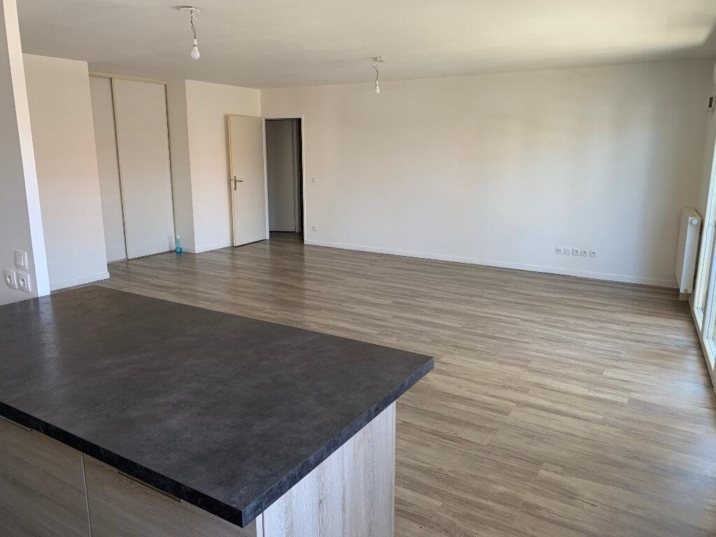 Appartement à vendre 3 98m2 à Gujan-Mestras vignette-2