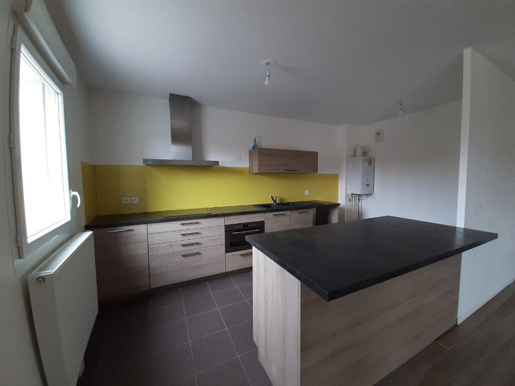 Appartement à vendre 3 98m2 à Gujan-Mestras vignette-3