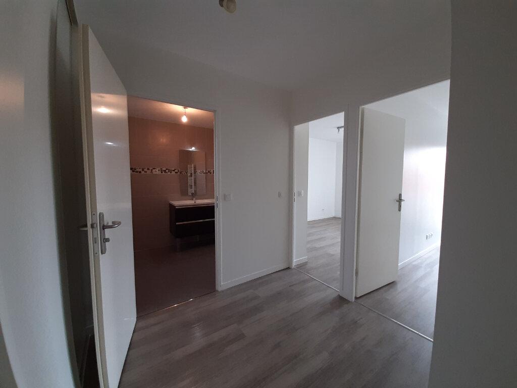 Appartement à vendre 3 98m2 à Gujan-Mestras vignette-6