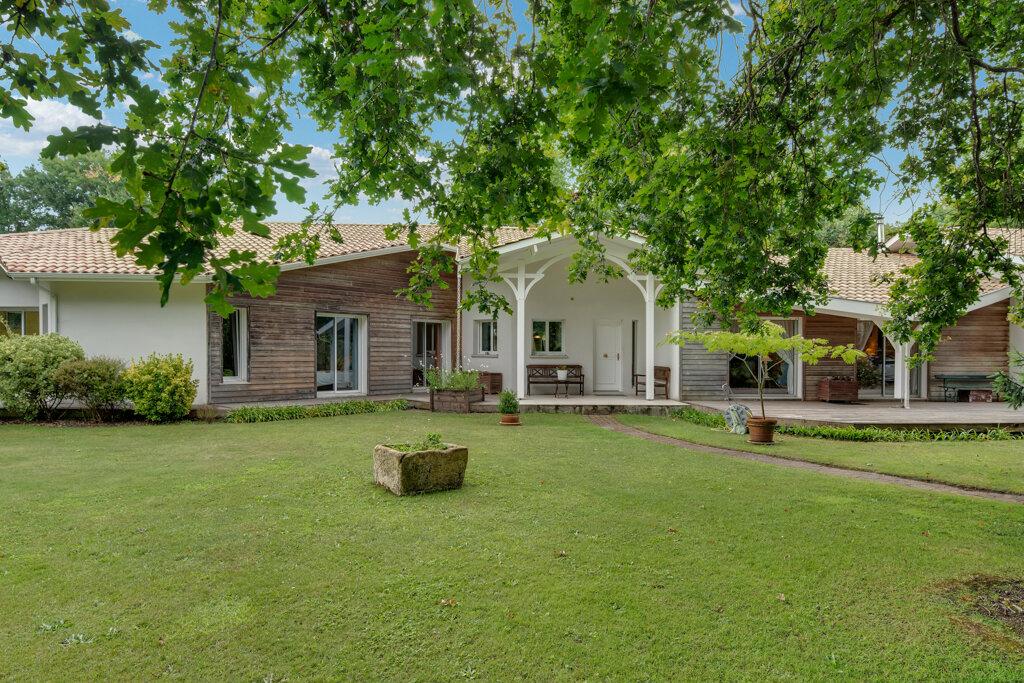Maison à vendre 11 320m2 à Gujan-Mestras vignette-1