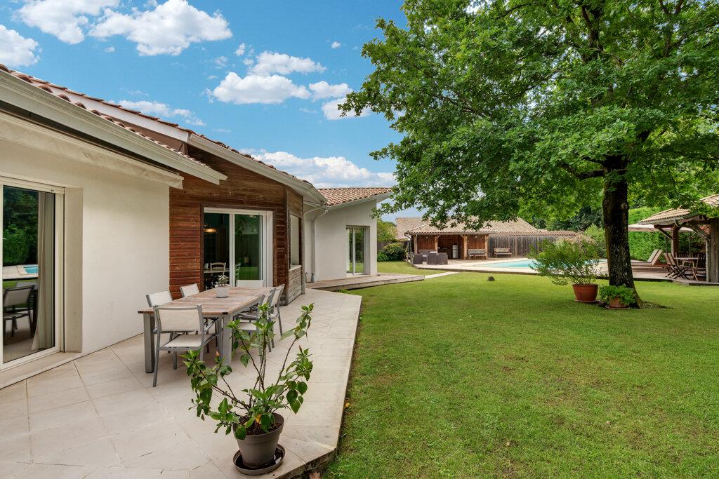Maison à vendre 11 320m2 à Gujan-Mestras vignette-4