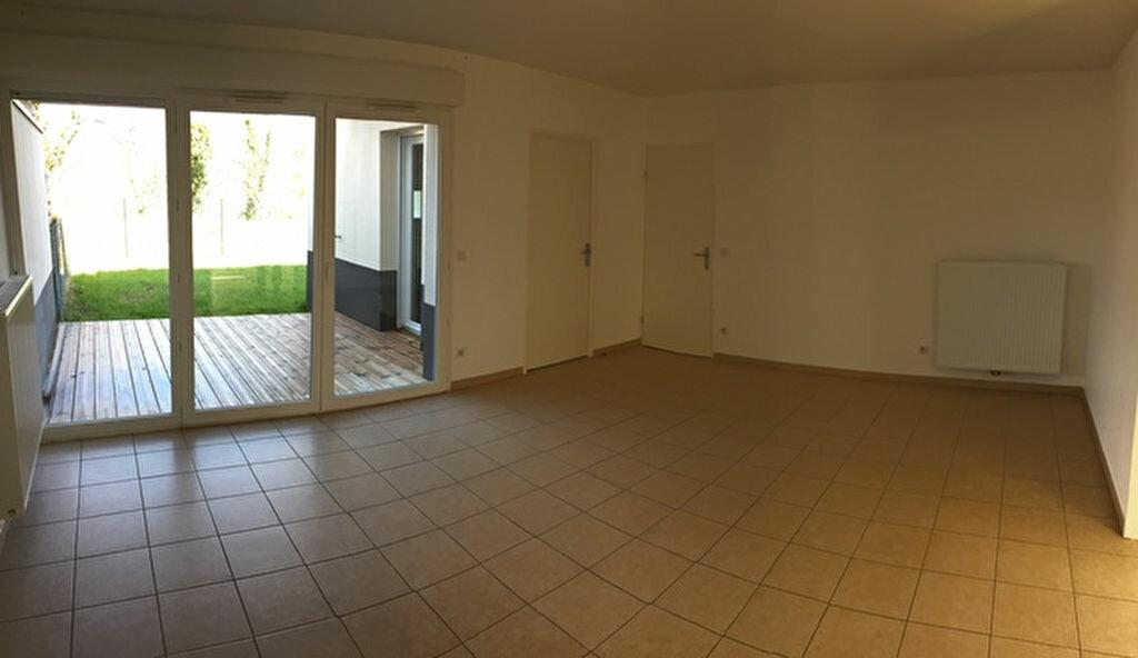 Maison à louer 4 84.91m2 à Salleboeuf vignette-2