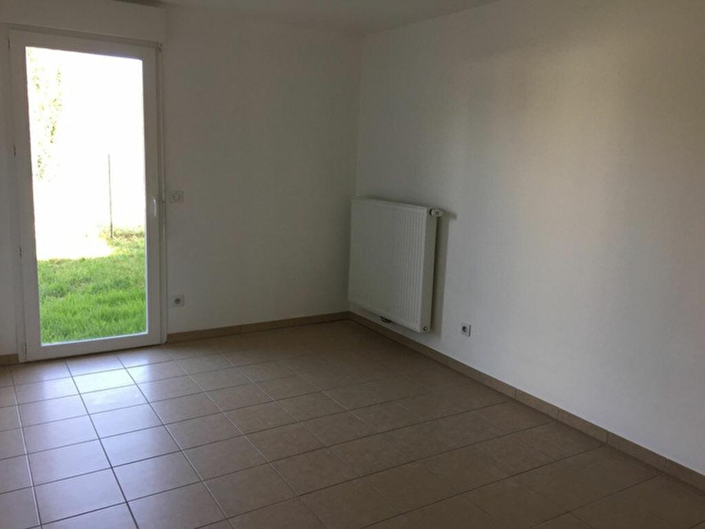 Maison à louer 4 84.91m2 à Salleboeuf vignette-6