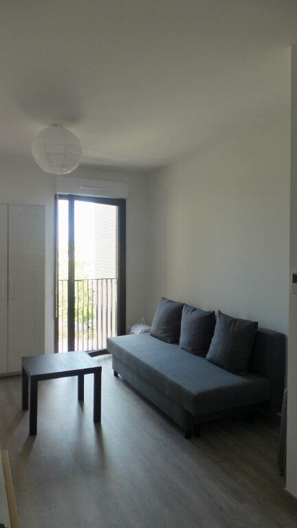 Appartement à louer 1 22m2 à Bordeaux vignette-1