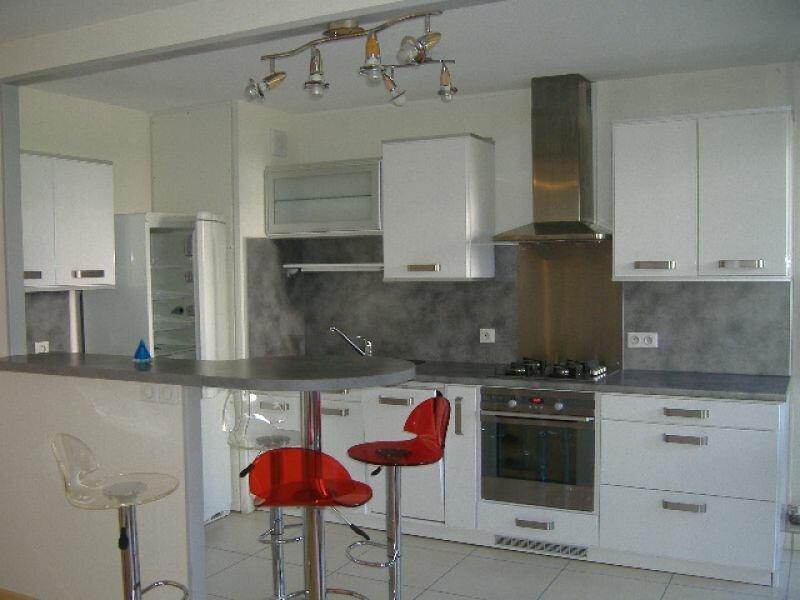 Appartement à louer 2 48.75m2 à Aurillac vignette-9