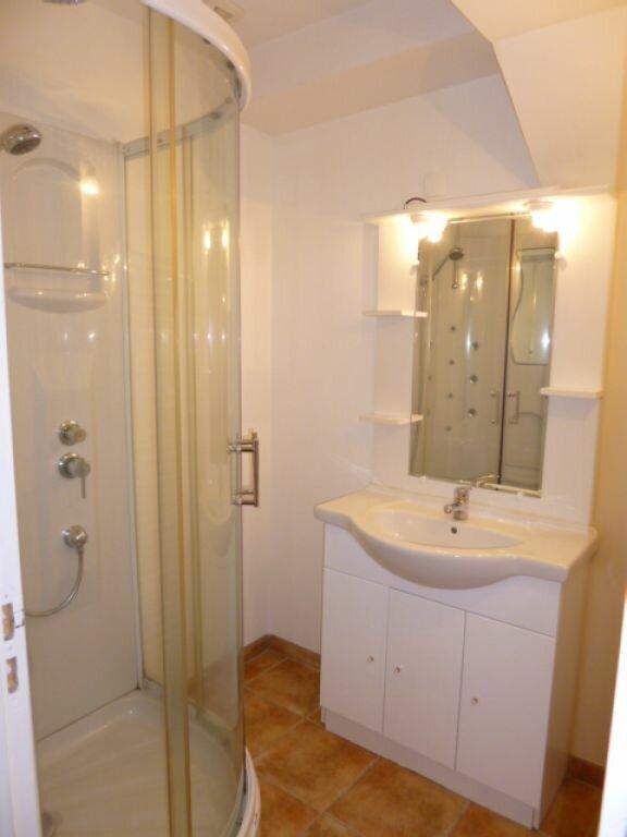 Appartement à louer 3 80m2 à Aurillac vignette-4