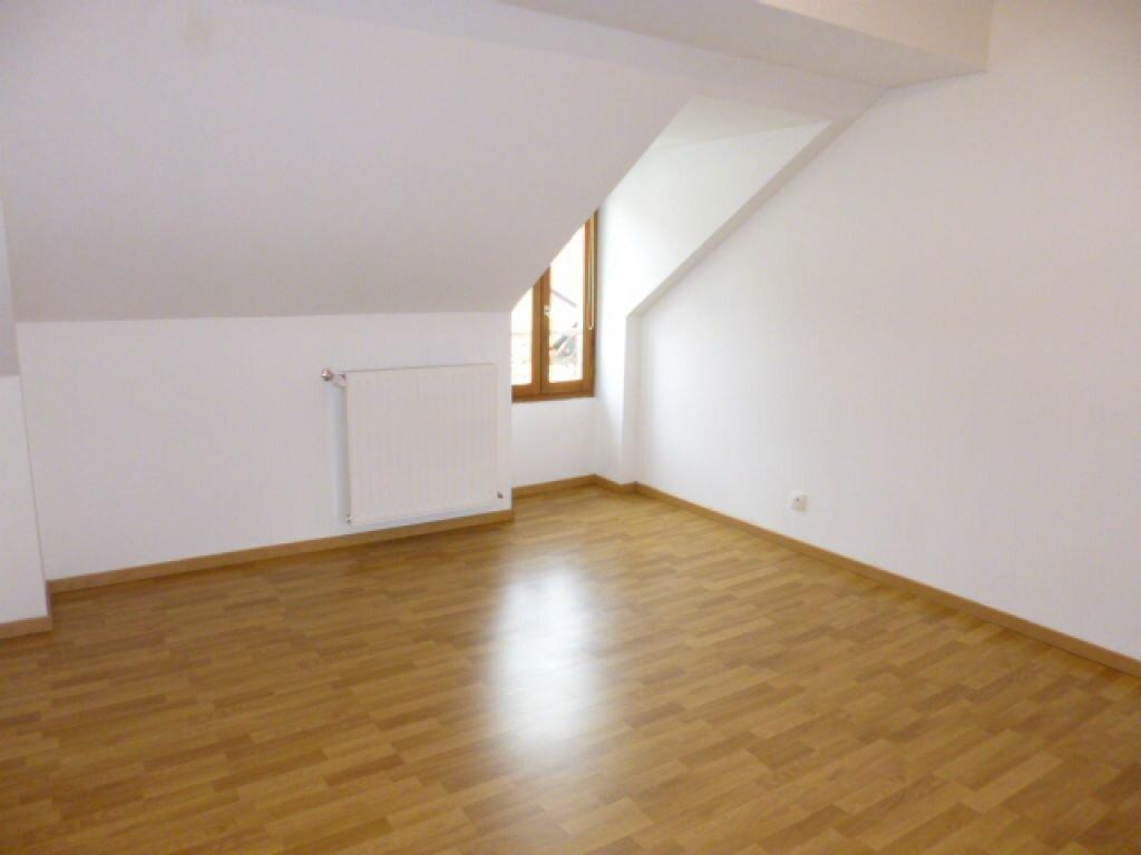 Appartement à louer 3 80m2 à Aurillac vignette-6