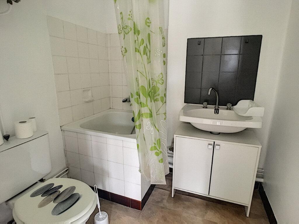 Appartement à louer 1 18m2 à Aurillac vignette-5