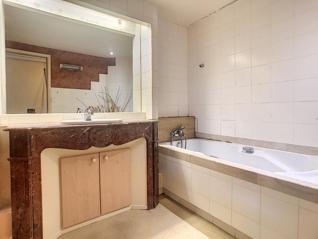 Appartement à louer 3 74m2 à Aurillac vignette-5