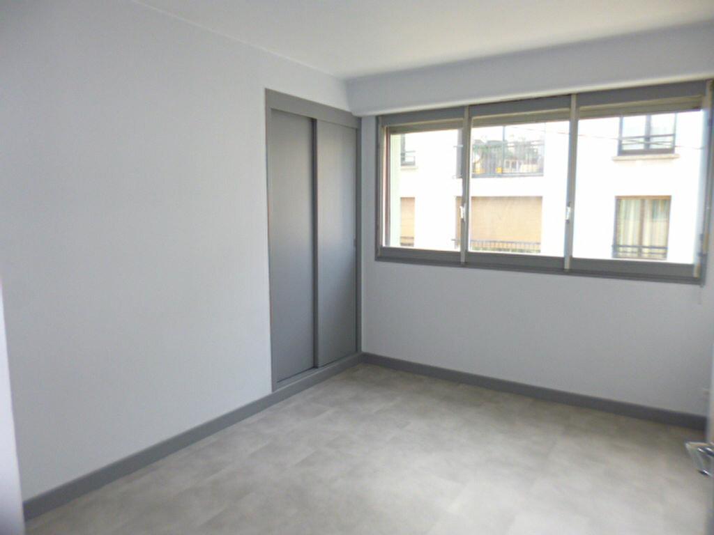 Appartement à louer 2 45.58m2 à Aurillac vignette-6