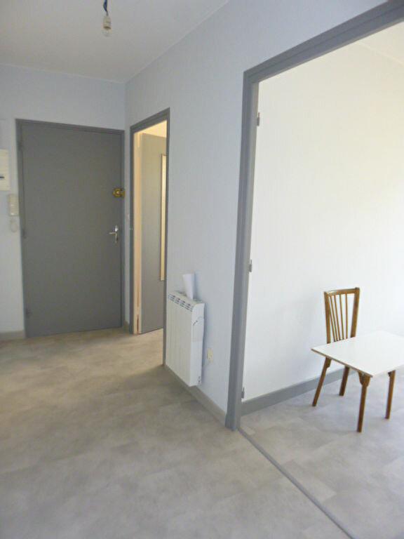 Appartement à louer 2 45.58m2 à Aurillac vignette-7