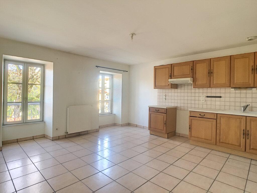 Appartement à louer 2 46m2 à Aurillac vignette-1