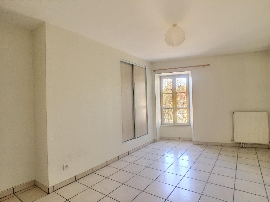 Appartement à louer 2 46m2 à Aurillac vignette-6
