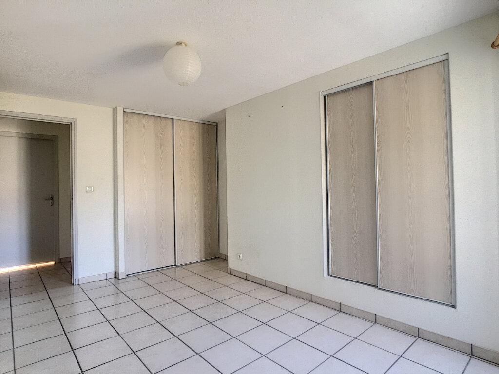 Appartement à louer 2 46m2 à Aurillac vignette-7